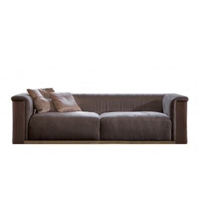 The Upper Layer Is In Air Soft, Covered By Soft Goose Down Maximum Comfort  Guarantee. Radetzky Sofa Is Available In High Quality Leather Or Nabuk  Leather.