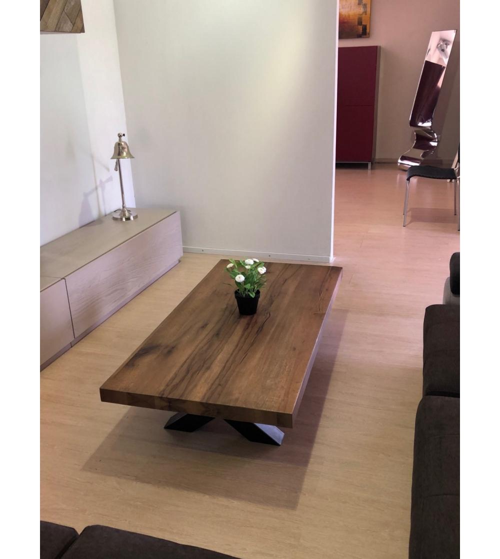 Table basse en bois massif offerte