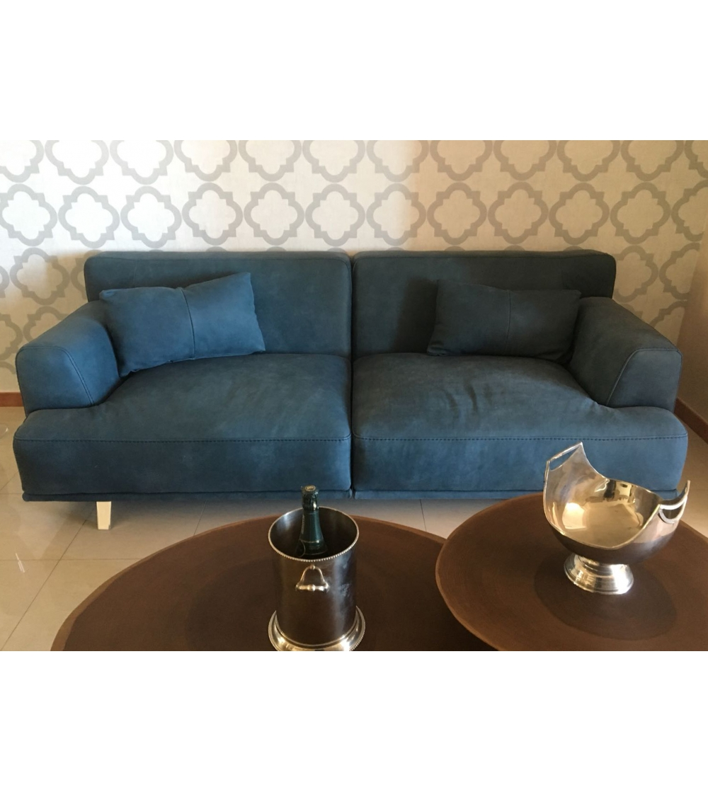 Modern Leather Sofa Mod Clayton By Vinciguerra Collection Fine Blue Maya Covering With Structure Made Entirely Of Wood Covered