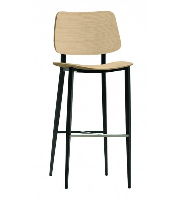 31e0c92b377502 Hocker Mod. Joe mit Struktur aus lackiertem Stahl in verschiedenen  Ausführungen erhältlich. Sitz und Rückenlehne aus Eichenholz dunkel und  natur.